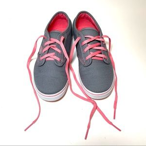Vans Off the Wall Missy Canvas Sneaker Gray Pink 3